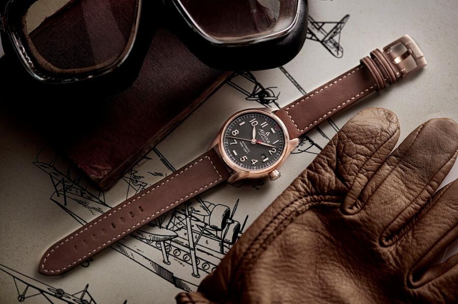 Zegarek Alpina z rękawiczkami