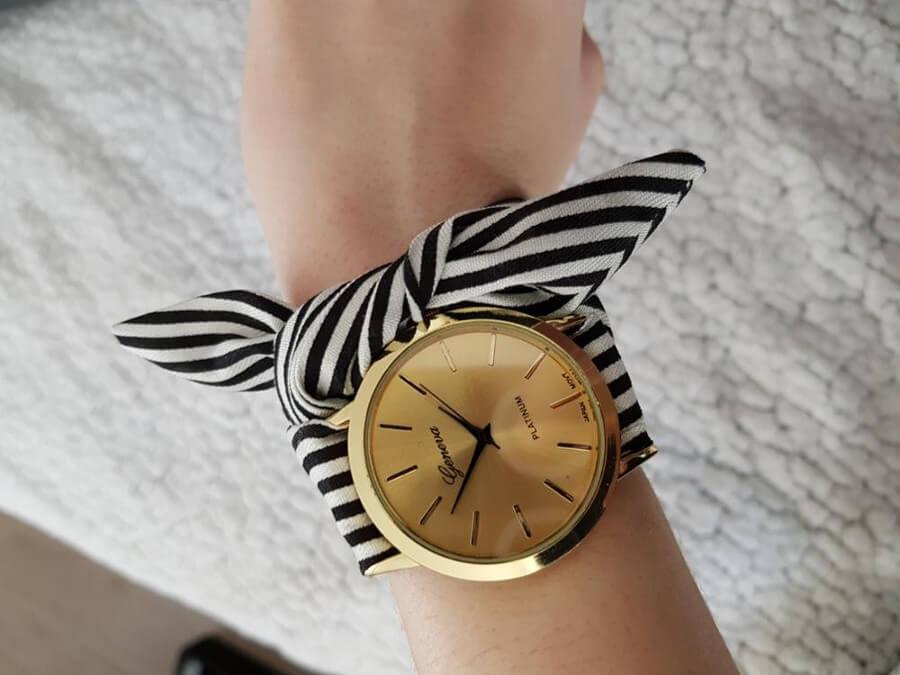Zegarek ze wstążką